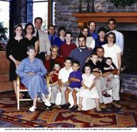 Wyansall2003family_portrait_1